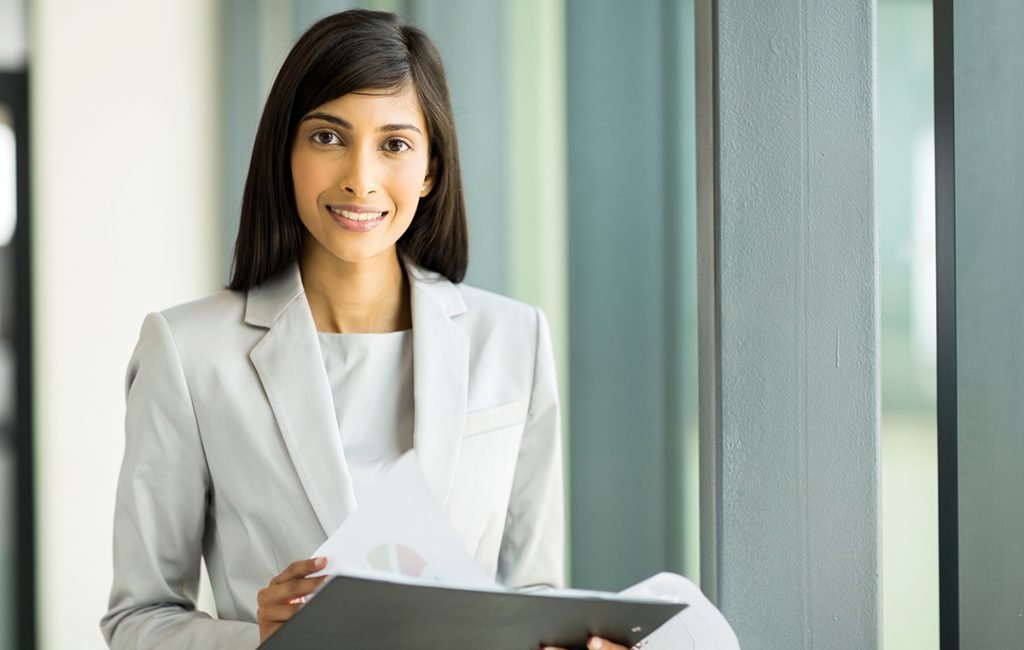Direct selling: a business woman dressed appropriately