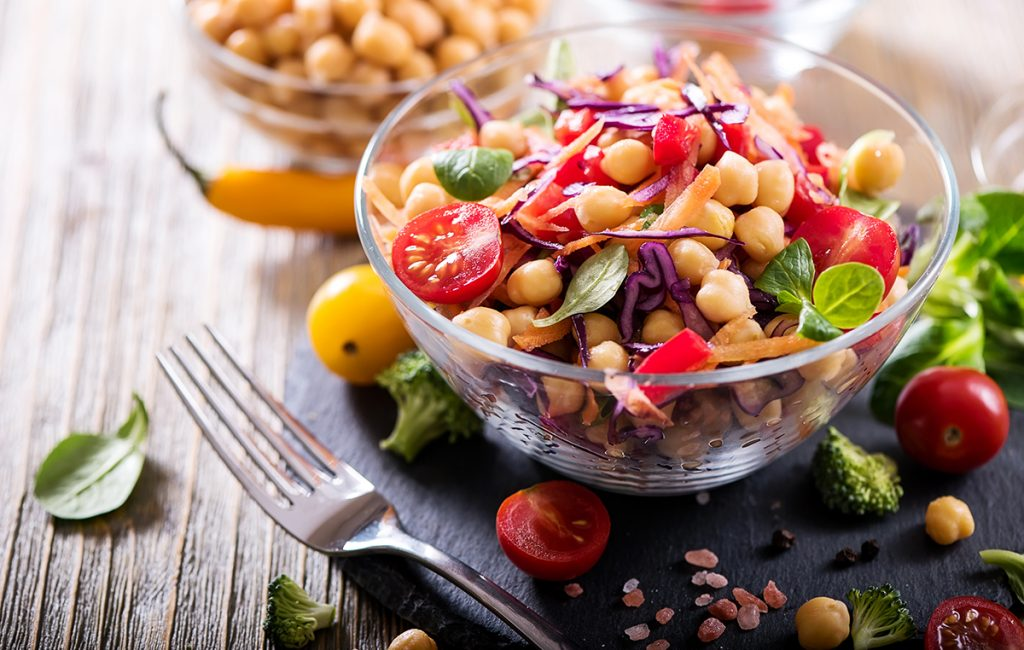 Nutriplus Kids Protein Power: A colourful bowl of chickpea, cherry tomatoes and other veggies