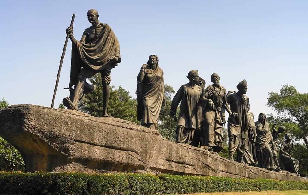 Mahatma Gandhi: A statue of Dandi March